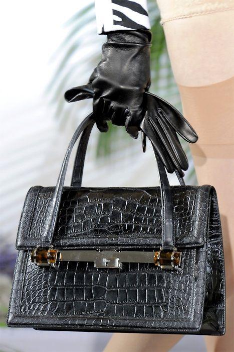 Christian DiorCoaches Purses, Design Purses, Christiandior, Christian Dior, Dior Handbags, Michael Kors Bag, Bags Lady, Accessories, Haute Couture