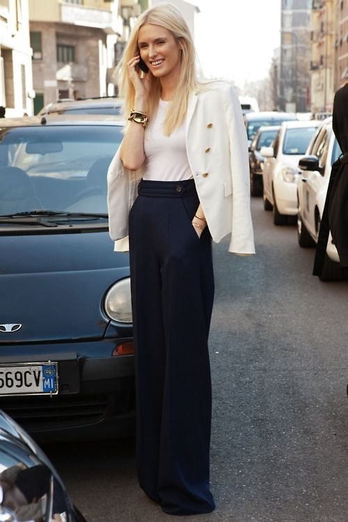 so chic: Wide Leg Pants, Wide Legs Pants, Fashion, White Blazers, High Waist, Street Style, Black White, Work Outfits, Wide Legs Trousers