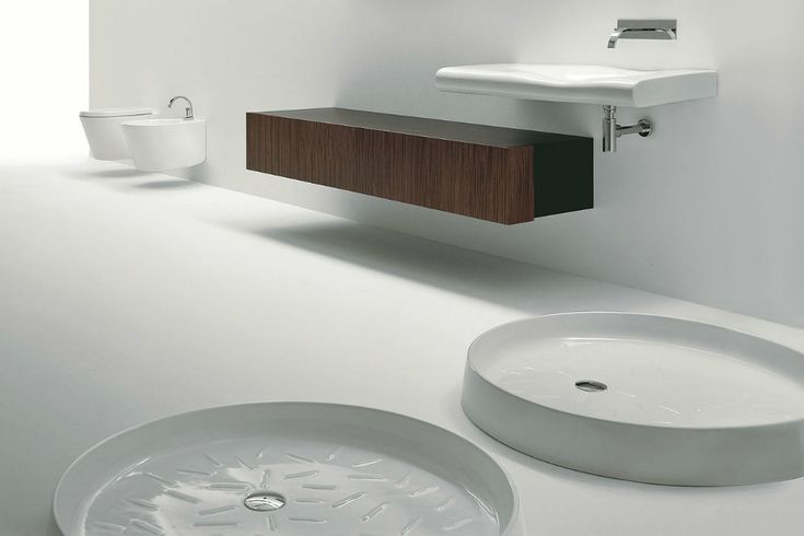 Round shower base / ceramic VICTORIA NIC Design