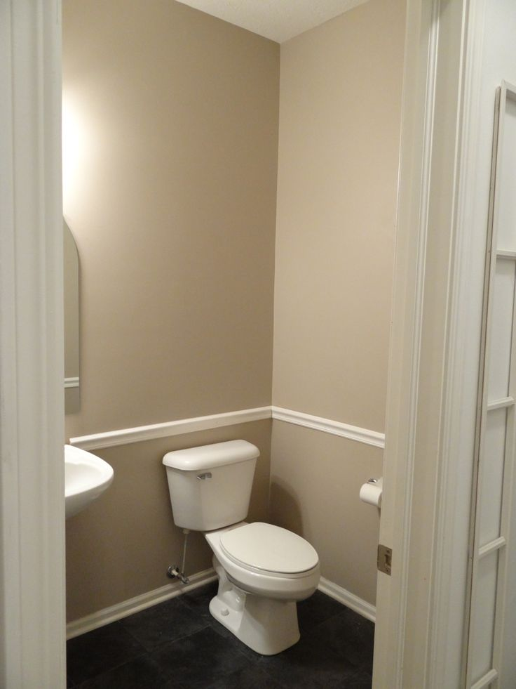 Bathroom With Chair Rail