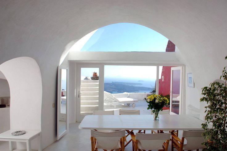#SantoriniVillas
