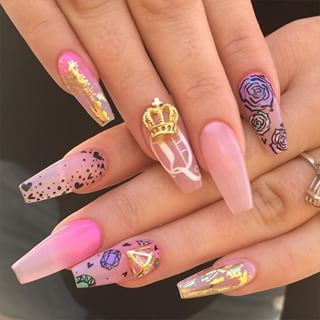 Super cute pink nails with hand designs and 3d decals Pinterest @trulynessa89 ⛤