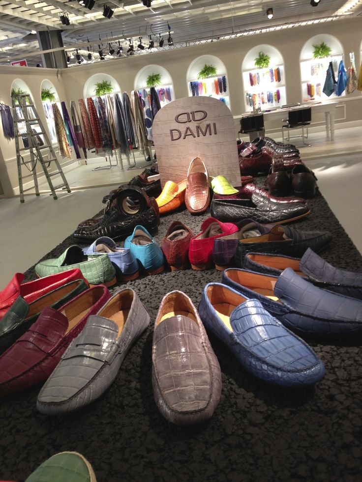 "Dami collection at #Pitti Uomo in #Florence. The spring/summer 2014 collection is divided into three different styles: Classical lace-up and buckle #shoes, #sneakers ""Vintage"" and ""Trend"", loafers and #sandals.  La collezione Dami a #Pitti Uomo.  La collezione primavera / estate 2014 è suddivisa in tre tipologie di prodotto: Classiche stringate e con fibbia, #Sneakers ""Vintage"" e ""Trend"", #Mocassini e #Sandali. #crocodileshoes #menshoes 靴"