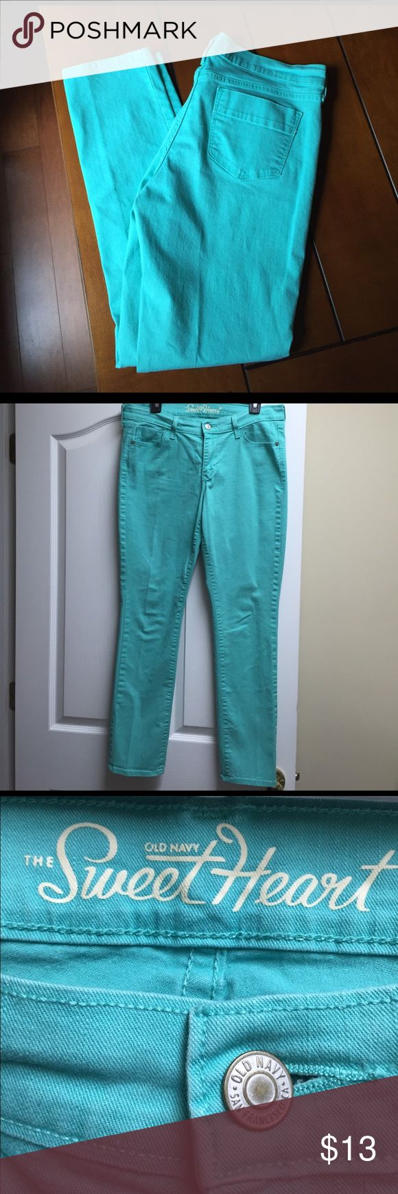 Old Navy Sweetheart colored jeans Old navy sweetheart jeans size 10.  Color is more mint than the picture shows.  The picture with the size is a more accurate color. Old Navy Jeans