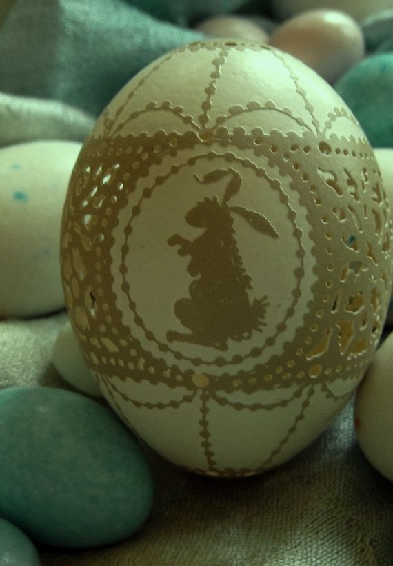 Hand carved and etched Victorian Lace Easter bunny egg