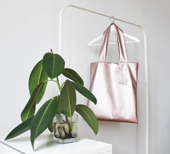 METALLIC PINK BAG