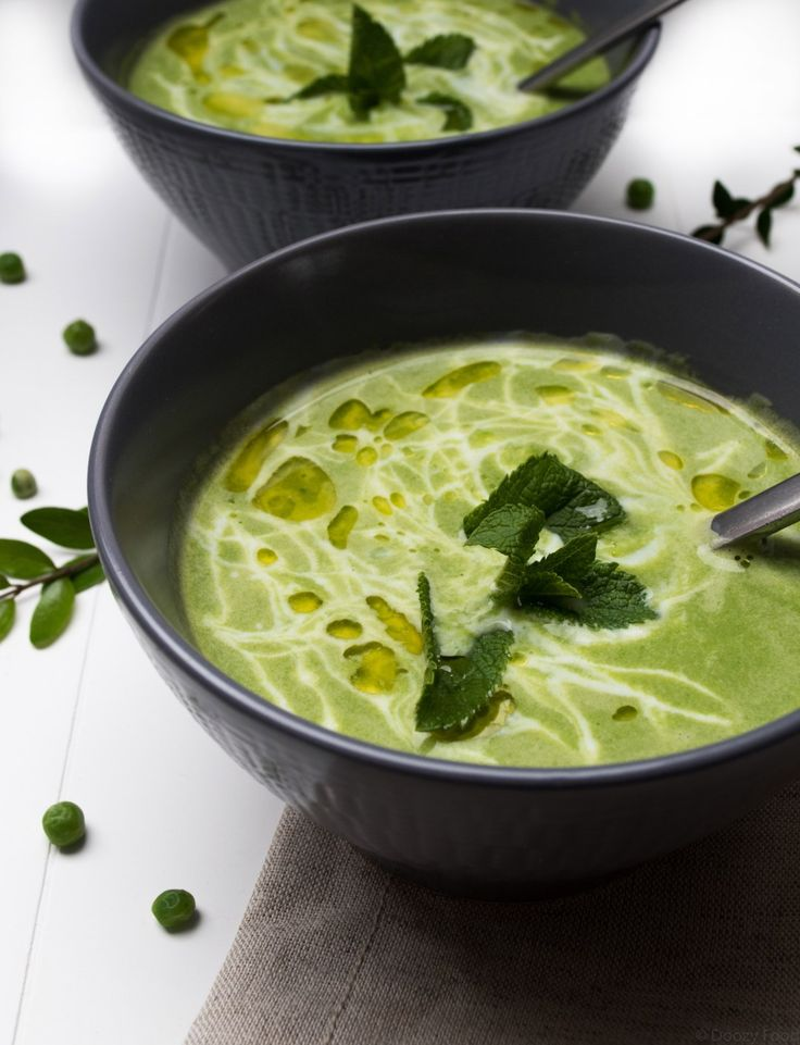 Green Peas Soup with Spinach, Coconut Milk and Ginger