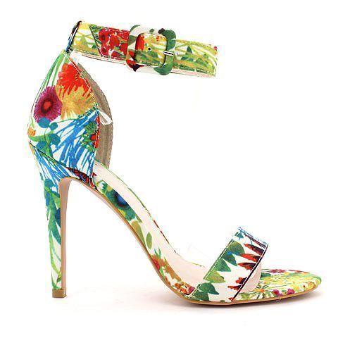 UNSPOKEN 2 heel in floral. #mybetsonBetts #BettsRaceDayReady #BettsShoes #shoes #heels
