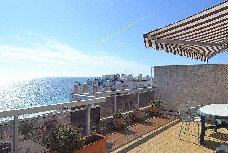 Nice Penthouse met zeezicht en twee balkons