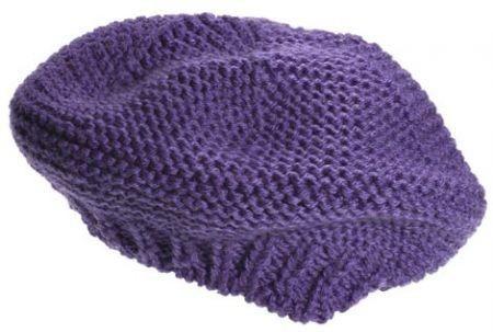 Lavori a maglia: un elegante basco viola