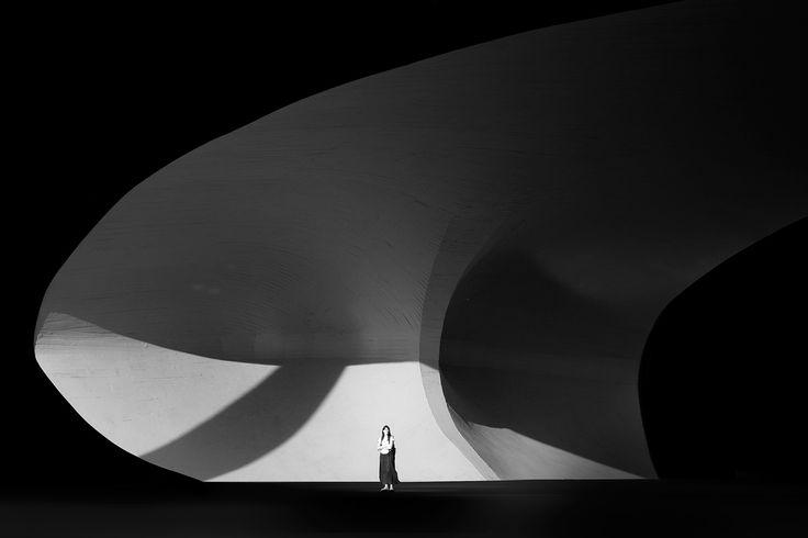 Brasilia by Øystein Aspelund.  Beautiful minimal architectural series of Brasilia by Norwegian photographer Øystein Aspelund. http://oysteinaspelund.com/