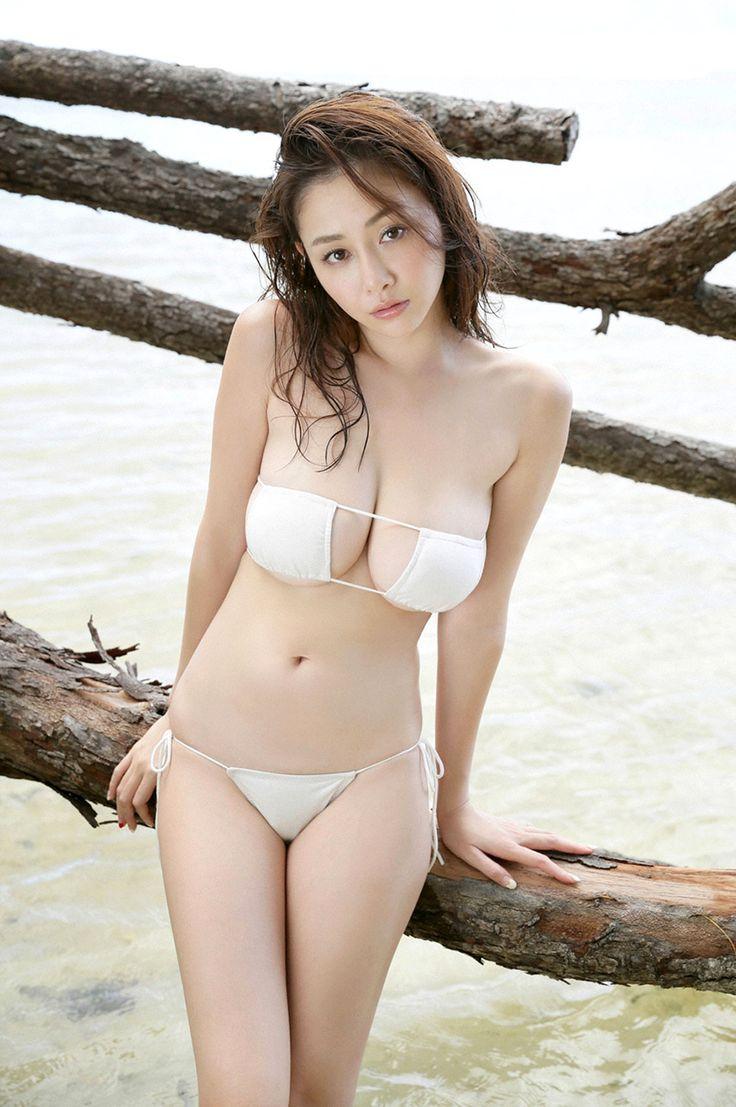 japanese-bikini-photos