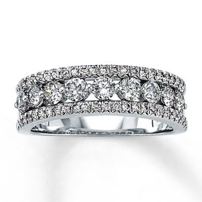 14k White Gold 1 Carat T W Diamond Anniversary Ring