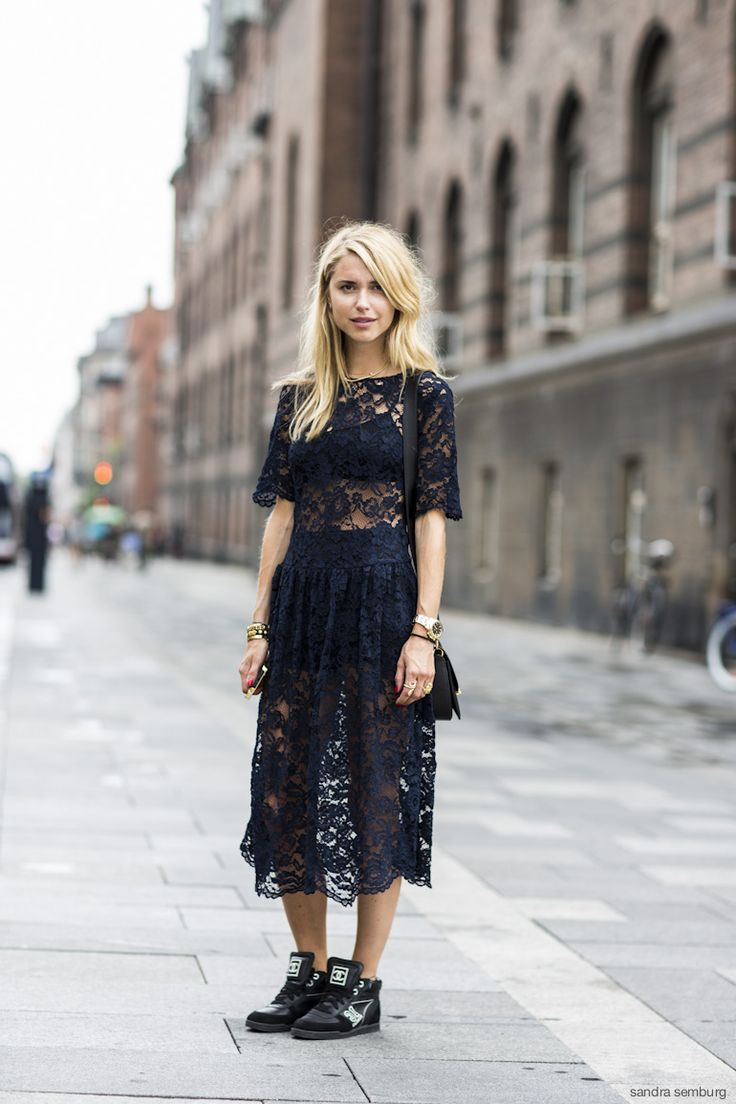 Lace + brogues
