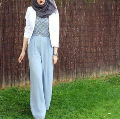 blue palazzo pants outfit- Ideas for everyday casual hijab http://www.justtrendygirls.com/ideas-for-everyday-casual-hijab/