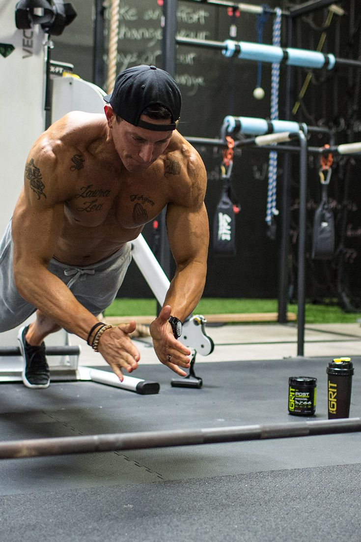 3 Chip-Away Workouts For Muscle, Conditioning, And Grit #workout #ワークアウト