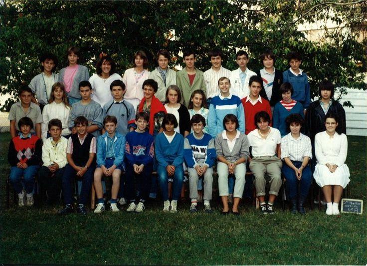 Photo de classe 4eme de 1985, Collège Sainte-thérèse - Copains d'avant