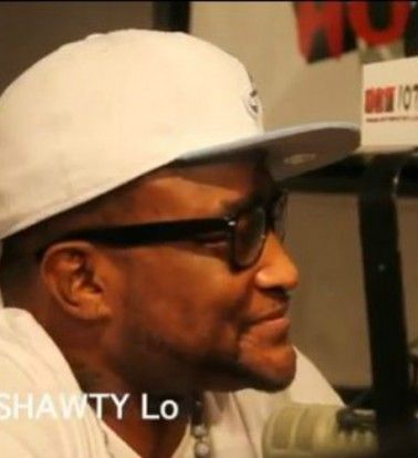 """""""MY KIDS…THEY DISAPPOINTED RIGHT NOW"""": SHAWTY LO SAYS PEOPLE SHOULD HAVE GIVEN HIS SHOW A CHANCE; RUSH LIMBAUGH AGREES… http://madamenoire.com/256130/my-kids-they-disappointed-right-now-shawty-lo-does-says-people-should-have-given-his-show-a-chance-rush-limbaugh-agrees/"""