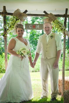 wood wedding arches arbors ideas | Wedding DIY arch LOVE THIS Looks very easy to make too