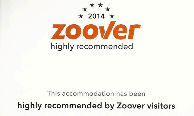 """Wir haben die 6. Position erreicht in der Kategorie """"Hotel in Greece"""" nach Zoover Besuchern! We have reached the 6th position in the category """"Hotel in Greece"""" according to Zoover visitors! Έχουμε κατακτήσει την 6η θέση στην κατηγορία """"Hotel in Greece"""" σύμφωνα με τους επισκέπτες του Zoover!  http://goo.gl/ntQmv8  http://www.zooverawards.com/2015/awards-accommodations/greece/hotel"""