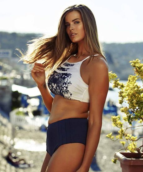 Why Robyn Lawley's Cosmo Australia Swim Shoot Is Important #refinery29