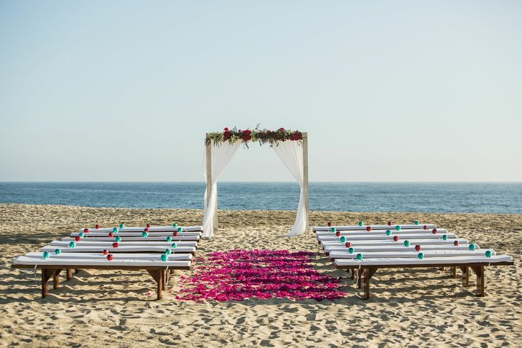 Lisa & Steve's Mexico Beach #Wedding. To see more: http://www.modwedding.com/2013/10/03/lisa-steves-mexico-beach-wedding-signature-event-consulting-design/ #weddingceremony