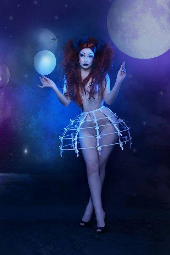 Pur white color Crinoline hoop skirt panier 4 rows elastic waist band and satin ribbon fantasy cage Dress Ball Gown Bone