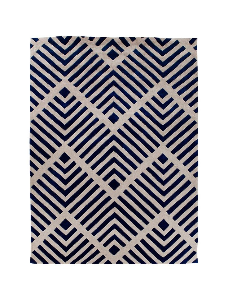 Shelby Rug in 3 sizes and 2 coloursInspired by the eye-catching designs of the geometric trend, this luxury rug is a stylish finishing touch for the contemporary home.In a choice of 2 neutral colour schemes – blue and natural – they both feature a unique combination of striped and chevron patterns, as the backdrop intersects and breaks up the darker lines in the foreground.Available in 3 sizes, it's easy to find one to match your space:- 80 x 150cm - 120 x 170cm - 160 x 230cm Colours: Blue…