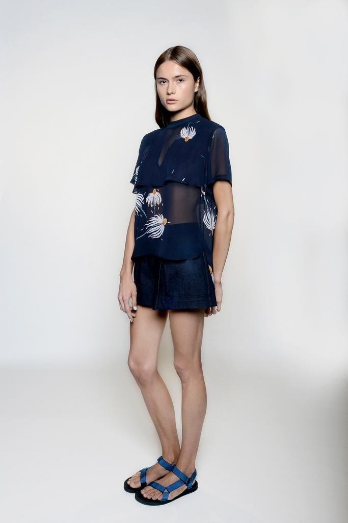 Inspired by art and beauty, Charlotte Ronson Spring 2015 Ready-to-Wear collection is fresh and youthful