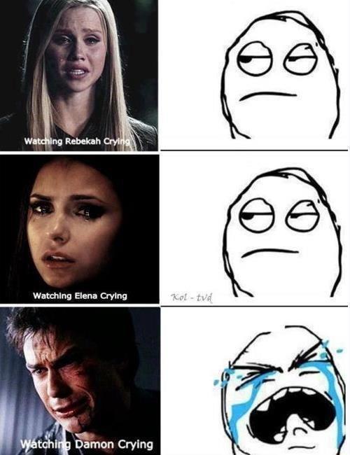 Significado de lo que dice en la parte de abajo mirando a Elena, Rebekah y Damon llorando