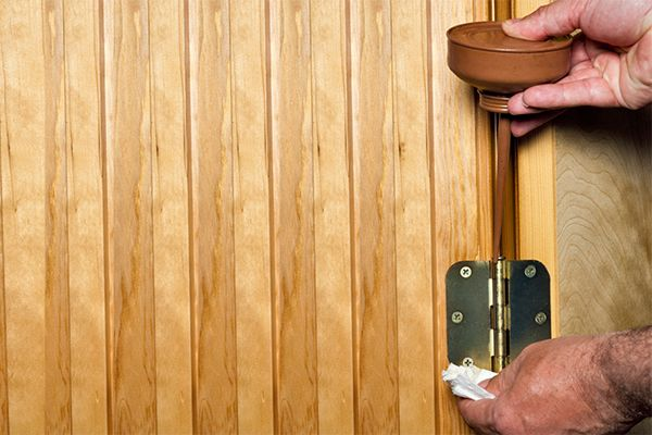 6 Steps for Fixing a Squeaky Door | A squeaky door can be unwelcoming. Check out these tips to fix the problem quickly and inexpensively. #HomeMattersBlog