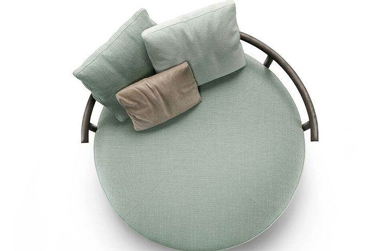 Круглое кресло мятный цвет
