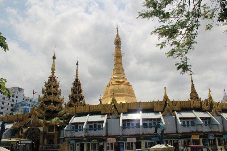 半日:ヤンゴン市内観光(マーケット、シュエダゴン・パヤー他)、昼食付