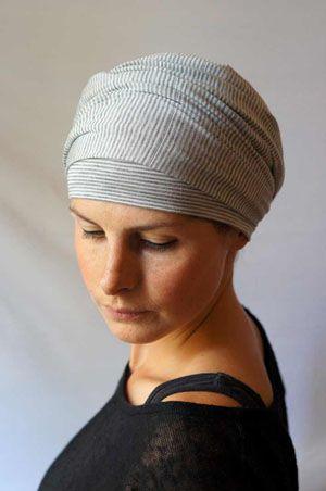 Turban imprimé idéal pour chimio – Rayé Tennis   Bandeaux, foulards et chapeaux pour chimiothérapie Foudre