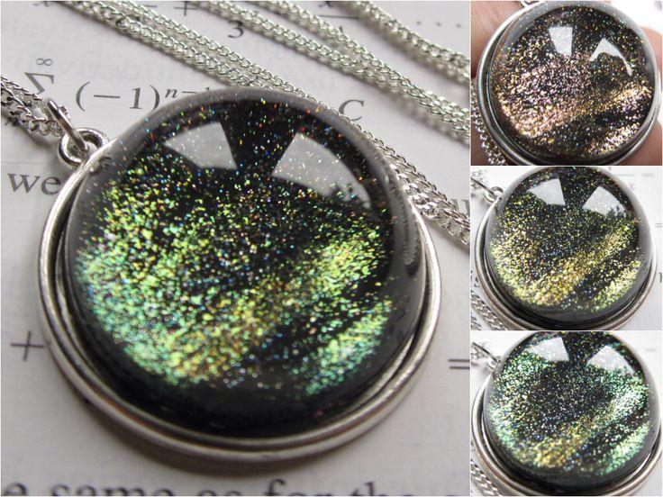 Cuprum - cirkel ketting - Science sieraden - Galaxy sieraden - natuurkunde Jewelry - planeet sieraden - Galaxy halsketting - glas sieraden - nevel door DarkMatterJewelry op Etsy https://www.etsy.com/nl/listing/190361135/cuprum-cirkel-ketting-science-sieraden