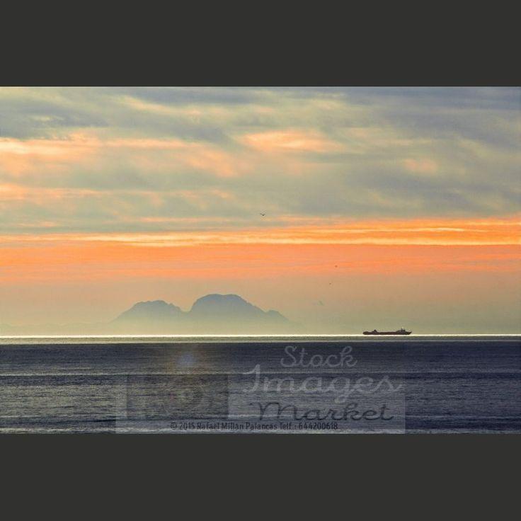 La delgada linea blanca del Estrecho. Estrecho de Gibraltar. #sea #mar #gibraltar