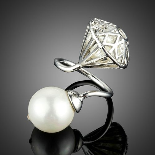 Big Imitation Pearl with Hollow Stone And Pearl Adjustable Rings