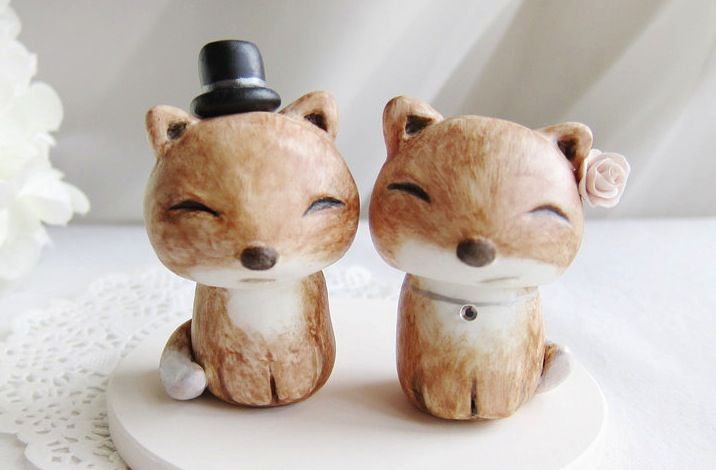 Cute-wedding-cake-toppers-handmade-wedding-finds-from-etsy-2.original
