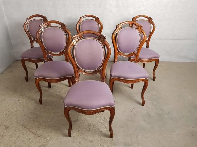 Set Of 6 Vintage Victorian Beautifully Carved Walnut Dining Side Chairs From Barn 51 Vintage Of Astoria Ny Attic Side Chairs Dining Victorian Dining Chairs Pink Dining Chairs