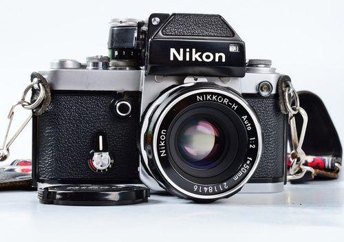 Nikon F2 Camera w/ Nikkor-H Auto 50mm f/2 Lens & WORKING Photomic DP-1 Viewfinder
