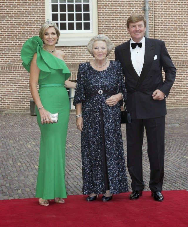 MYROYALS &HOLLYWOOD FASHİON:  Gala Dinner for Prince Albert of Monaco, Palace Het Loo, June 3, 2014-Queen Maxima, Princess Beatrix, King Willem-Alexander