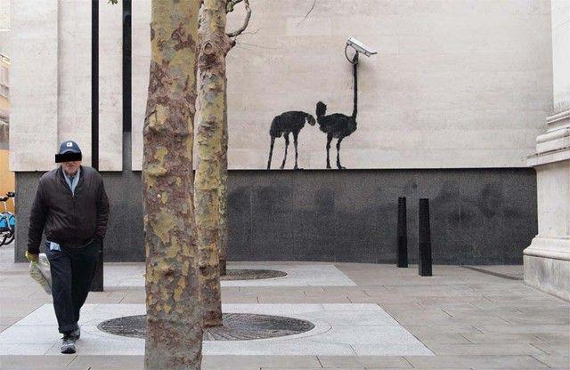 "Banksy ""Ostrich CCTV"" in London"