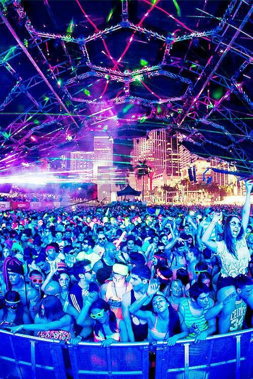 #ThrowbackThursday Ultra Music Festival 2013