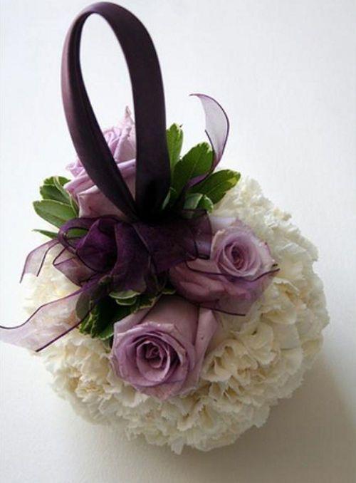 lief bloementasje voor bruidsmeisje