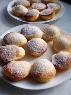 Los ví ayer en el blog de Toñi : Florelila, recetas y aficiones, la receta es la misma que me pasaron hace dos años para hacer este Cake, Pero me gustaron así pequeñitos y hoy los he hecho a primer…