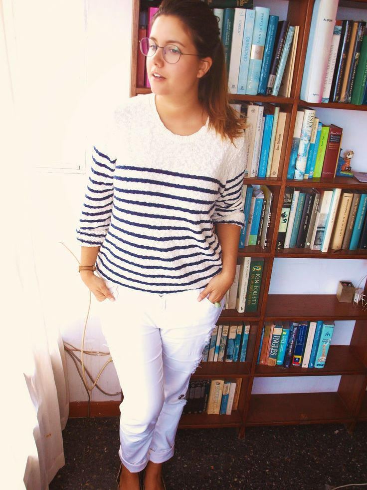 http://startphase.blogspot.com.es/2014/06/navy-and-white.html