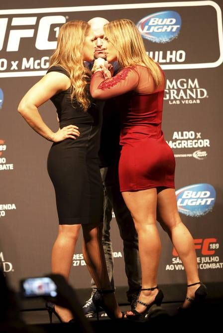 Ronda Rousey ✾ One of these women needs to sit the hell down..and it isn't the champion in black.