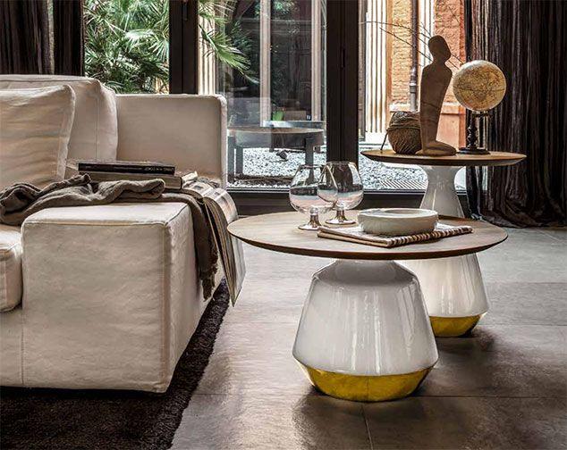 Amira by TONIN CASA. Serie di Tavolini con struttura in ceramica, disponibili in diverse finiture. Allegri ed eleganti arredano con dinamicità e gusto ogni casa.