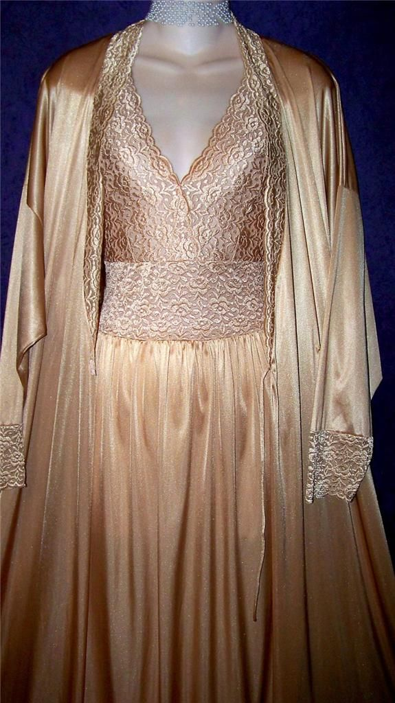 41 Best Images About Vintage Gowns And Peignoir On Pinterest