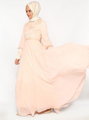Dantelli Abiye Elbise- Pudra - Gönül Kolat http://indirimkodlarim.com/modanisa